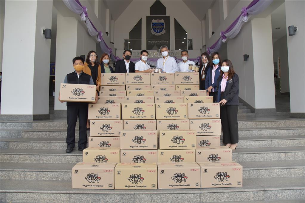 บริษัท ไทยมาเก็ต สนับสนุนมาม่าเกาหลี ให้ดีเอสไอ ในโครงการ ตู้ดีเอสไอปันสุข ปันน้ำใจ เพื่อประชาชน