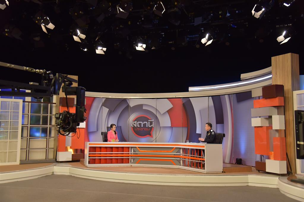 """DSI spokesperson gave a live interview on the Thai PBS People's Station Program about """"DSI policy and mission to counter intellectual property infringement"""""""